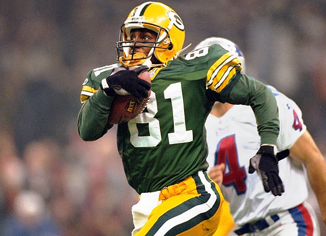 Led by kick/punt returner Desmond Howard, who finished with 244 total return yards, the Packers defeated the Patriots 35-21 to win their third Super Bowl and their first since Super Bowl II. Howard was the first special teams player to ever be named Super Bowl MVP.