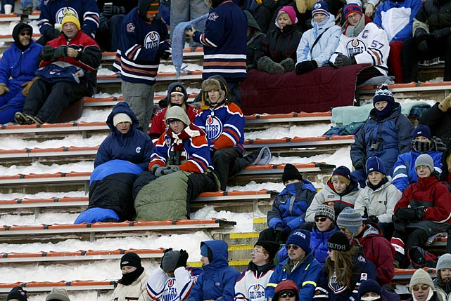 Temperatures in Edmonton were a balmy -30 Celsius (-22 Farenheit) on the morning of the game, but the hardy fans didn't seem to mind.