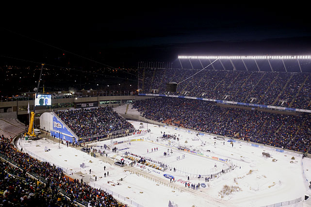 By the time the game between the current Oilers and Canadiens started, tk Stadium was filled with more than 57,000 fans. The CBC TV broadcast of the event attracted 2.7 million viewers.