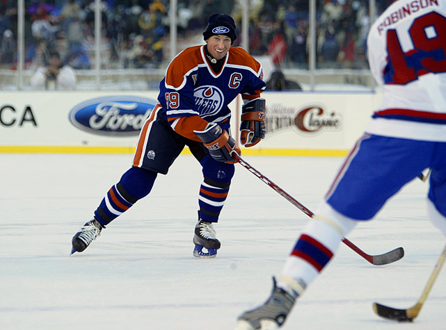 The old timers game between stellar Edmonton alumni such as Wayne Gretzky and former Montreal stars was played in two 15-minute halves.