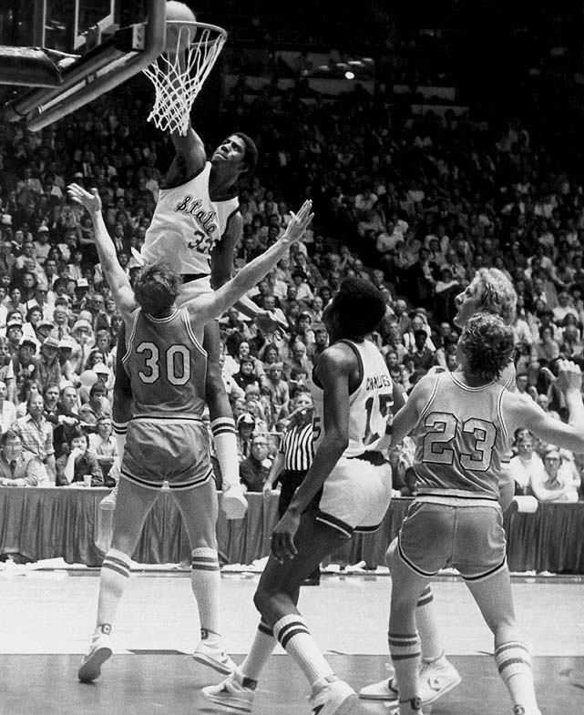 Two of the biggest basketball stars of their generation, Larry Bird of Indiana State and Magic Johnson of Michigan State kick-started their rivalry in the 1979 title game. It was Johnson, the flashy point guard on the powerhouse Big Ten team versus the pure-shooting Bird on his hometown Cinderella Indiana State squad. Johnson and the Spartans defense hounded Bird and took home the championship with a 75-64 victory. To no surprise, the contest was the most viewed televised championship game of its time.