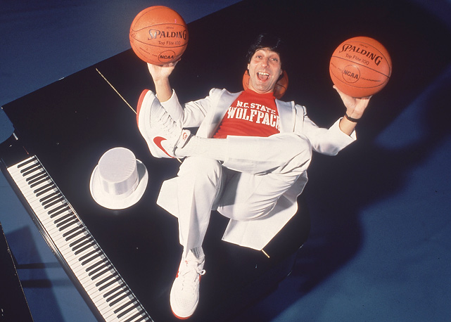 Valvano played point guard at Rutgers and led the Scarlet Knights to a third-place finish in the 1967 NIT.