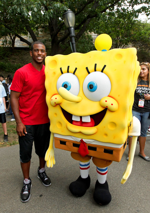 CP3 got to meet SpongeBob SquarePants during Nickelodeon's Annual Worldwide Day of Play at a Big Brothers Big Sisters even in New York. Jealous.