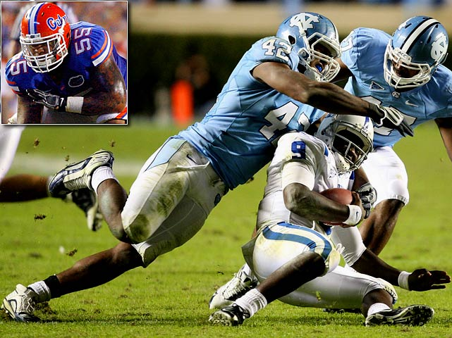Will Pick:   Robert Quinn , DE, North Carolina   Should Pick:   Mike Pouncey , G-C, Florida   With this choice, defensive coordinator Jim Haslett can team Quinn with Brian Orakpo and have the best bookend pass rushers in the NFC -- presuming Quinn is as good as advertised. Though Washington needs a passer, there's no lock at this spot, and I'd rather see the Skins help the hurting offensive line with the versatile Pouncey, who can be a mainstay for 10 years. Quarterback? Build the lines first. And get a receiver.