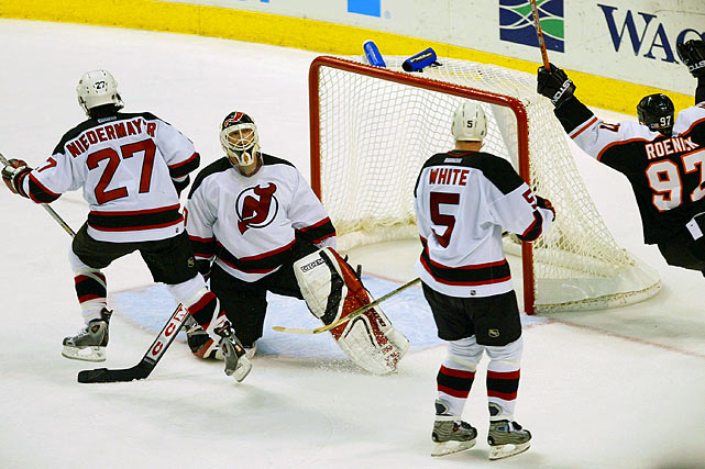Martin Brodeur won the Vezina Trophy (top goaltender), Scott Niedermayer won the Norris (top defenseman), but the Devils still finished sixth in the East before made a quiet first-round exit at the hands of Philadelphia in five games. The Devils were among the NHL's worst power play units during their Stanley Cup season, and it ended up hurting them in that series against the Flyers: no man advantage tallies in their four losses.
