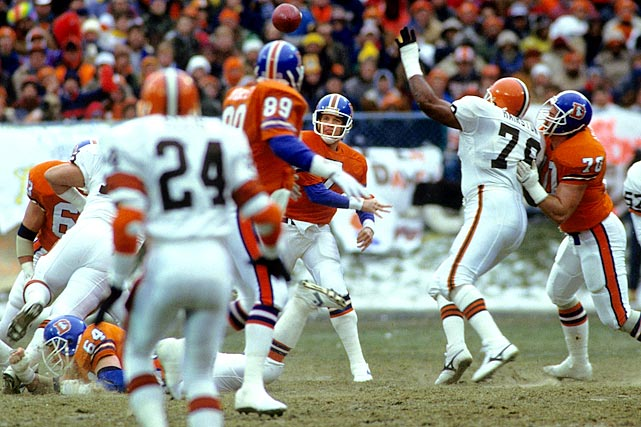 Broncos quarterback John Elway led many clutch late-game drives, but none as famous as his game-tying trek against Cleveland in the 1987 AFC Championship Game. Denver trailed 20-13 when Elway took over at his own two-yard line with five minutes left. He marched the Broncos down the field with a mix of passing and running and capped the drive with a touchdown pass to Mark Jackson with 37 seconds left. Denver won on a field goal in overtime to advance to Super Bowl XXI, where it lost to the New York Giants.