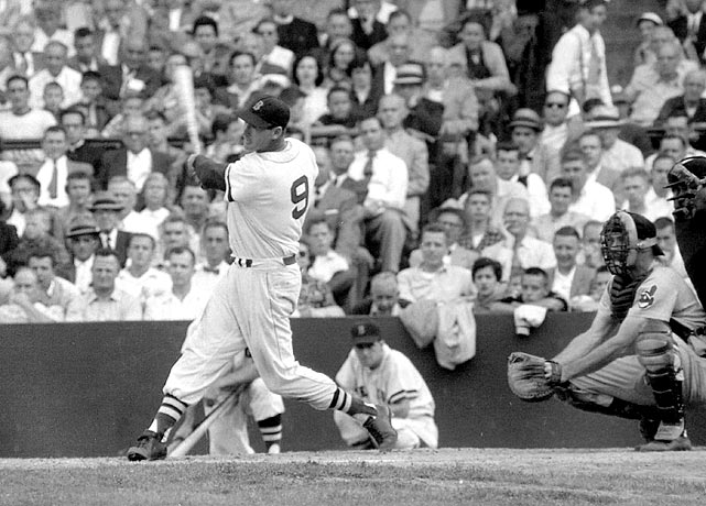 The Splendid Splinter ended his career in the most spectacular way possible: by depositing a 1-1 fastball into the bullpen for a home run. Ted Williams' eighth-inning homer off Baltimore pitcher Jack Fisher in 1960 capped a career that included a .344 batting average and 521 home runs.