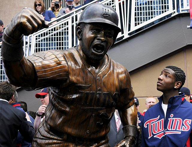 Pictured with Kirby Puckett, Jr.