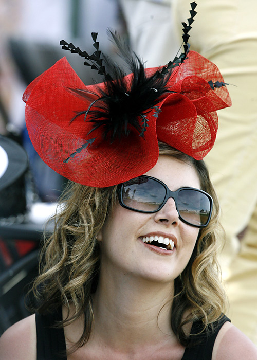 Just like at the Kentucky Derby, stylish hats were all the rage at the track.