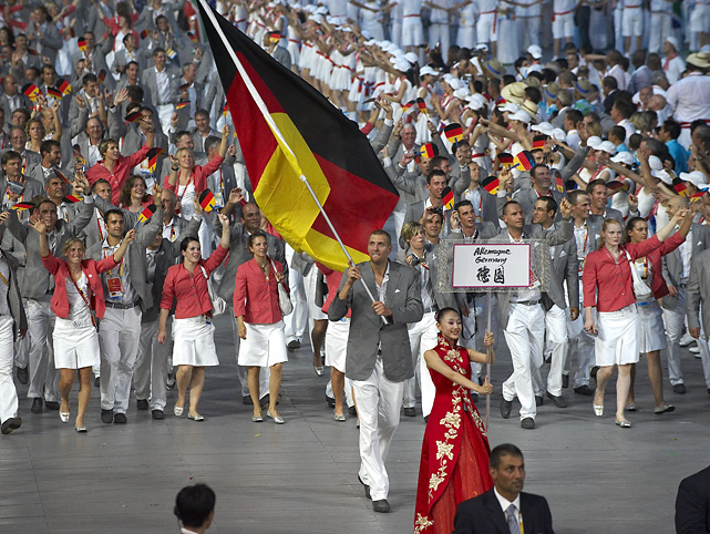 Flag bearer Nowitzki leads Germany's athletes into the National Stadium during the opening ceremonies of the Beijing Olympics.