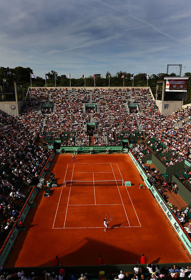 A general view of Court Suzanne Lenglen during the first-round match between Julien Benneteau of France and Rui Machado of Portugal. Benneteau rallied from an early hole to win in four sets.