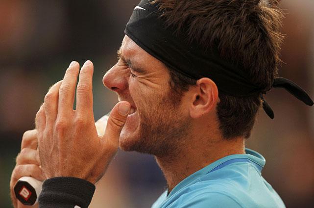 Juan Martin Del Potro reacts during his third-round match with Djokovic.