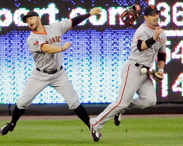 Giants center fielder Aaron Rowand (right) redefined the word stealing when he filched teammate Cody Ross' glove during the Giants' 3-0 loss to the Nationals on April 29.