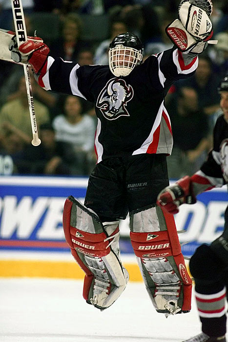 Dominik Hasek stopped 20 of 22 shots to push the Sabres past the Maple Leafs and into the Stanley Cup finals. Unfortunately for the Dominator, Buffalo's luck would run out. The Stars took the Cup in a six-game series.
