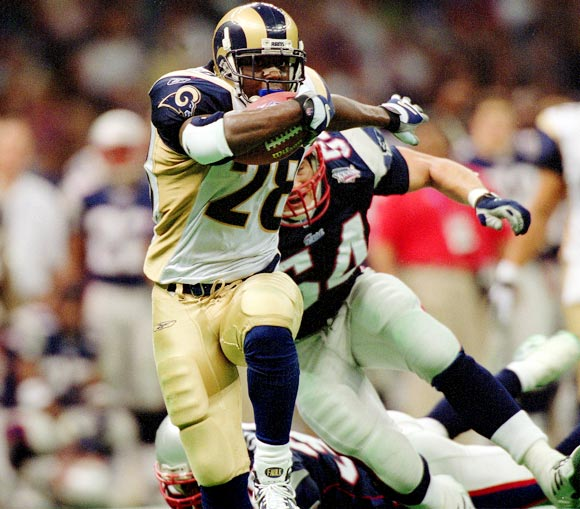 Three of the 11 teams in NFL history to score more than 500 points in a season, the 1999, 2000 and 2001 Rams combined a potent passing attack with an explosive ground game. Behind Kurt Warner, Marshall Faulk, Torry Holt and Isaac Bruce, St. Louis won the 2000 Super Bowl but lost to the Patriots as heavy favorites in 2002.