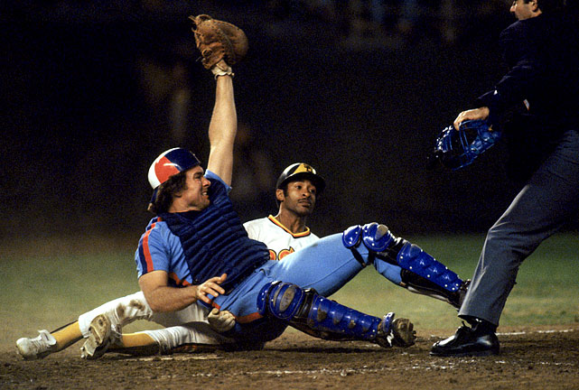 Carter tags out Smith on a play at the plate. The shortstop was inducted into the Hall of Fame one year before Carter.