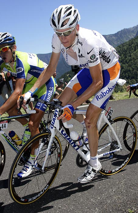 Robert Gesink will lead Rabobank this year after the team's former leader, Denis Menchov, left to race for Team Geox. Gesink placed sixth in the 2010 Tour de France, and Rabobank plans to use all of their resources to help advance their new leader to a podium finish.