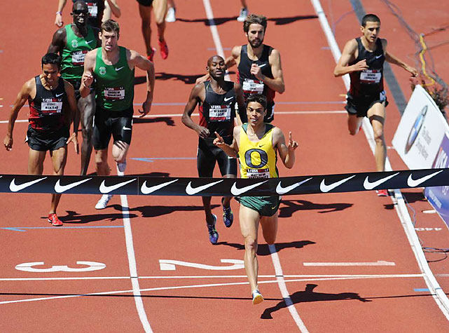 Oregon junior Matthew Centrowitz delighted the home crowd, taking the 1,500 meters in 3:47.63 over Bernard Lagat.