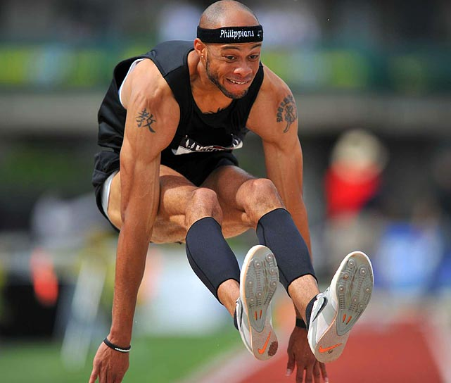 2009 USA indoor and outdoor national champion Brandon Roulhac dropped to ninth place in this year's triple jump.