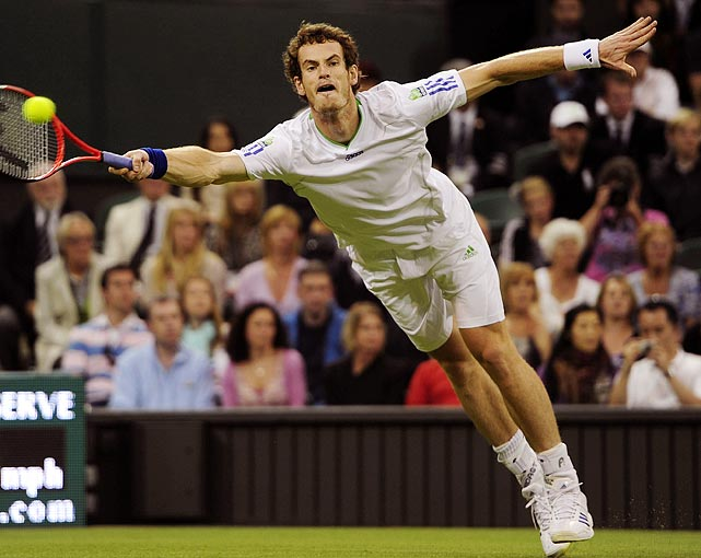 Andy Murray in action against Spain's Daniel Gimeno-Traver during the 2011 Wimbledon