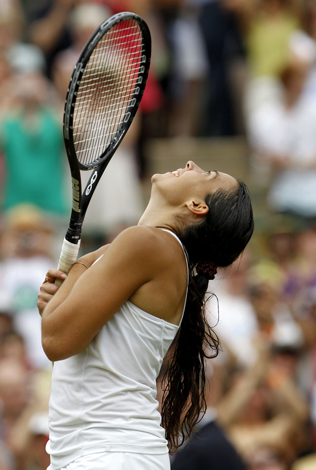 Marion Bartoli celebrates defeating Serena Williams