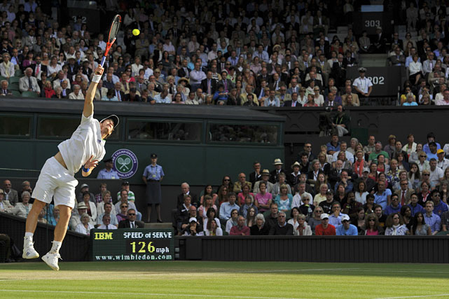 Andy Murray serves to Feliciano Lopez.