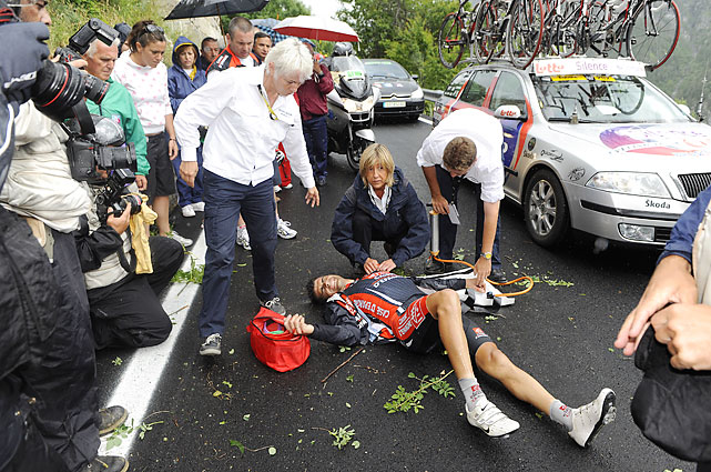 Oscar Pereiro will forever be an answer to a cycling trivia question. Who was awarded the 2006 Tour de France title after Floyd Landis was stripped? That would be the Spaniard who, two years later, rode over a guard rail in the 15th stage of the Tour. Pereiro suffered a broken arm and never competed in the Tour again.