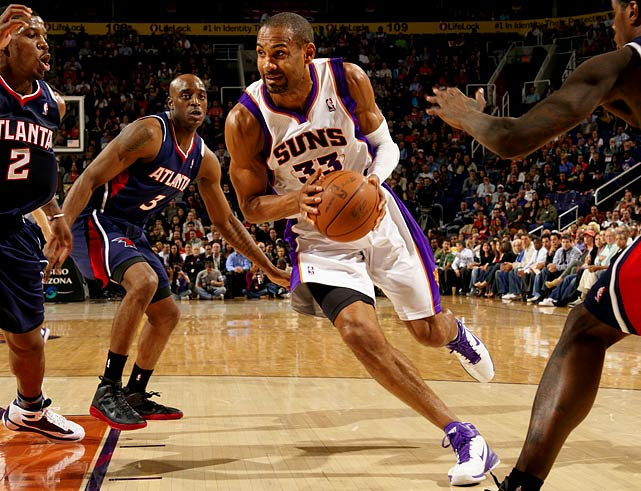 Age:  39    Position:  Forward   2010-11 Team:  Suns    2010-11 Stats:   13.2 ppg, 48.4 FG%, 39.5 3PT%, 4.2 rpg, 2.5 apg   Status:  Unrestricted