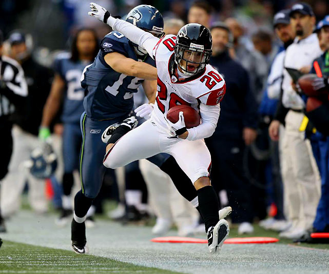 Just four years ago, Grimes was playing for the Hamburg Sea Devils of NFL Europa. This past season, he made it to the Pro Bowl with five interceptions and an NFL-best 23 passes defensed for the Falcons.