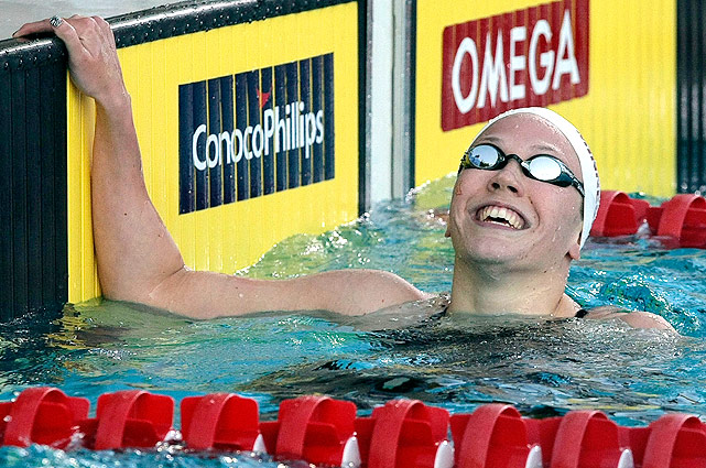 Ashley Steenvoorden catches her breath after taking gold in the 400m freestyle.