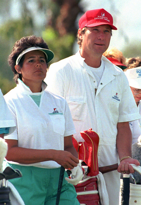 The relationship between the golfing great and the baseball jock was a match made in sports heaven. The couple, who were married in 1982, have three daughters.