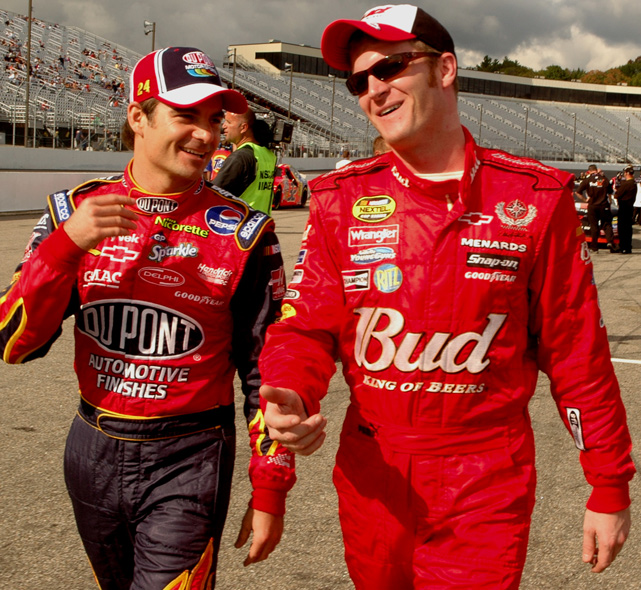 Gordon and Dale Earnhardt Jr. talk before qualifying at the 2006 Sylvania 300.