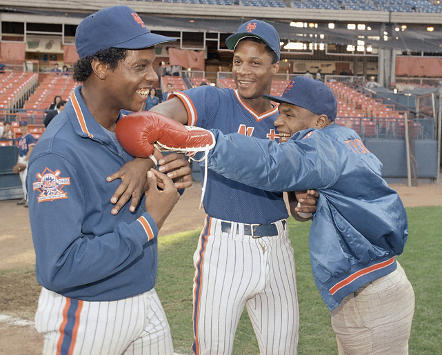 With a balance of dynamic youngsters and established veterans, the Mets were one of the most popular teams in baseball. Its two youngest stars, Darryl Strawberry and Dwight Gooden, were especially loved by New Yorkers. In this photo, Mike Tyson jokingly sticks a left jab to the face of Gooden.
