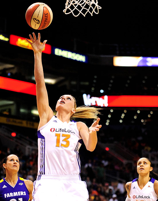 Phoenix Mercury forward Penny Taylor contributed 16.7 ppg, 4.9 rpg and 4.7 apg, and she will be a significant part of their playoff attack.