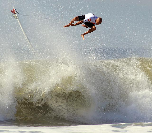 Who said East Coast waves were weak? Not Kelly Slater, who cannot stay on his board during the semifinal round at the Quiksilver Pro New York tournament in Long Beach, New York.