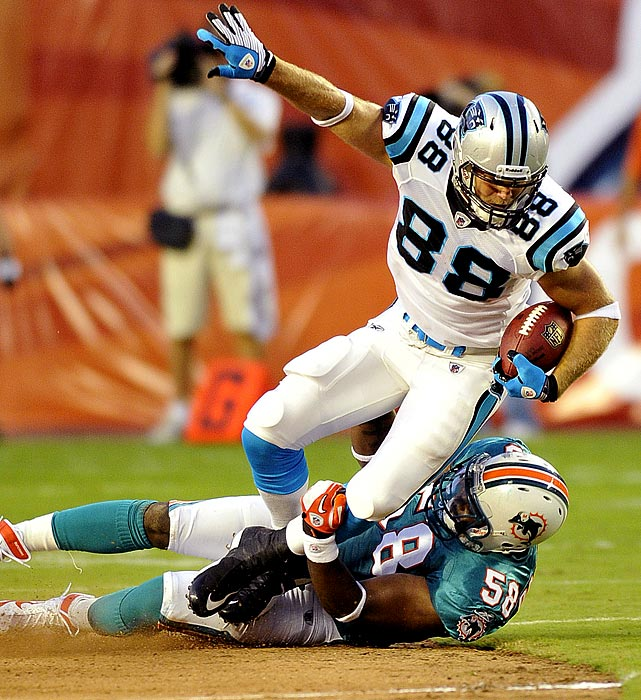 Coming off of a career 2009, Greg Olsen looked poised for great things in 2010. Then Mike Martz and his notoriously tight-end-unfriendly offense came to Chicago, and Olsen took a step back in 2010. Traded to a Carolina team light on pass-catching talent and breaking in a new quarterback (Cam Newton) who will need a safety valve in the middle of the field, Olsen should once again take his spot among the league's elite tight ends.