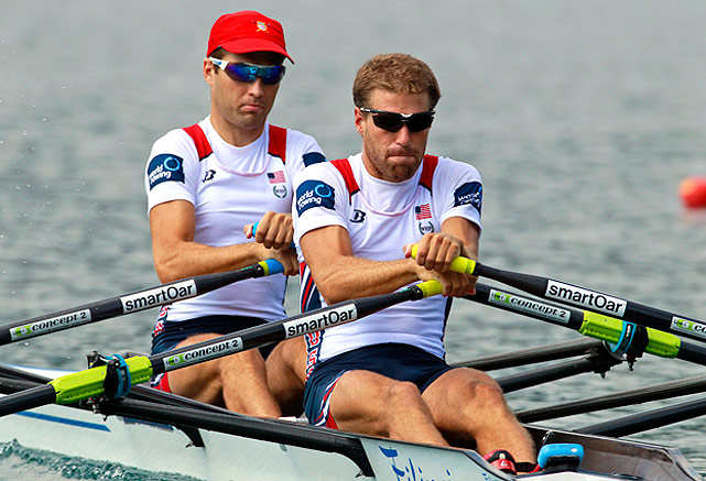 Brian De Regt (right) and Jonathan Winter row in the lightweight men's double sculls quarterfinals.