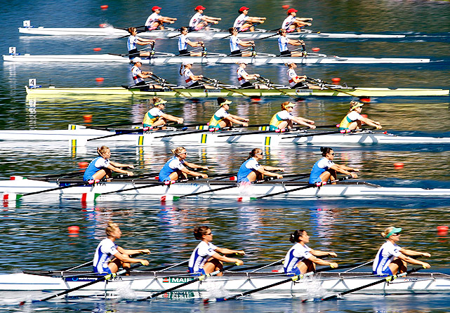 France (front to back), Italy, Australia, Germany, Argentina and the USA compete in the lightweight women's quadruple sculls.