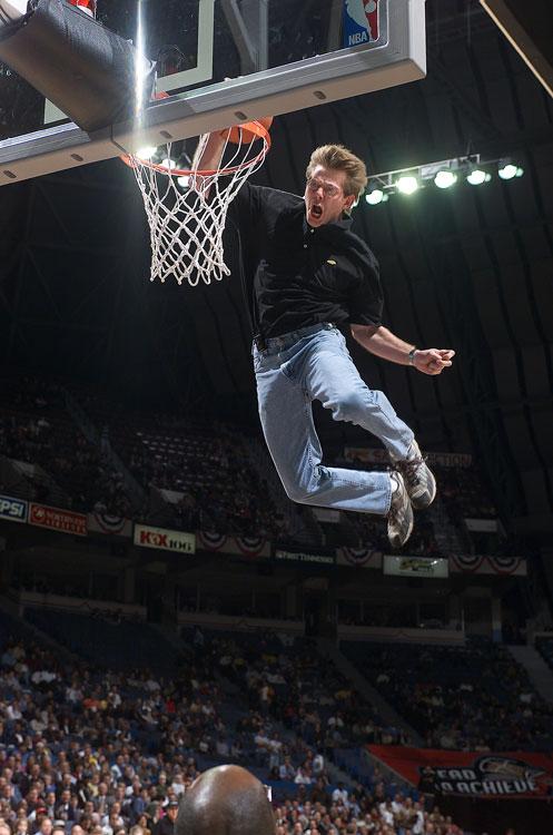 Here's a fan dunking between quarters of a Grizzlies-Bucks game in 2001. First word that comes to mind: Weeeeeeeeeeeeeeeeeeee!