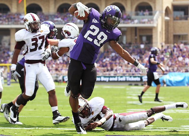 It took TCU a while to get rolling, but two touchdown runs from Matthew Tucker (pictured) and a 94-yard kickoff return to start the second half helped the Horned Frogs recover from a slow start to secure the 38-17 victory. The team's 21st consecutive home win was also Gary Patterson's 100th victory as TCU head coach.