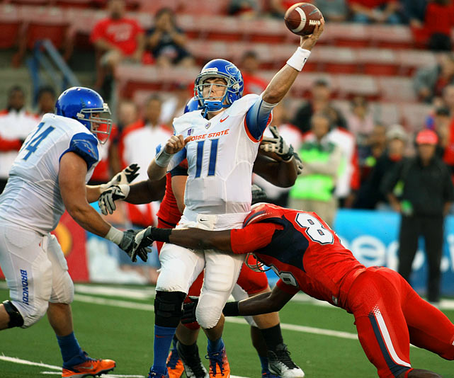Last week:  23-of-31 passing for 254 yards and three TDs in 57-5 win over Fresno State.   Season (five games):  102-of-138 passing for 1,137 yards, 14 TDs and four INTs.  One week after the shakiest performance of his Boise State career, Moore was back to his efficient self. He found a season-high 10 different receivers in posting his fourth game of the season with a completion percentage of 74.2 or higher. He also earned the 43rd win of his career, breaking a tie with David Greene and Andy Dalton for sole possession of second on the alltime list. Moore now trails only Colt McCoy, whose record of 45 he will have two more shots at equaling before the calendar turns to November.   Next up:  Saturday at Colorado State
