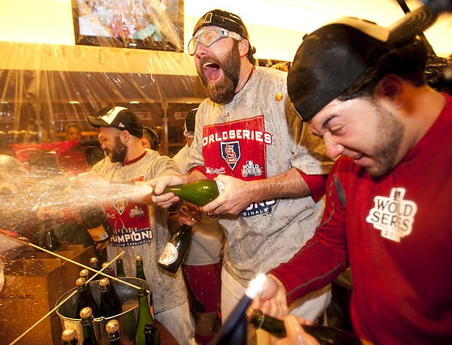 Cardinals closer Jason Motte celebrates St. Louis' 11th World Series title