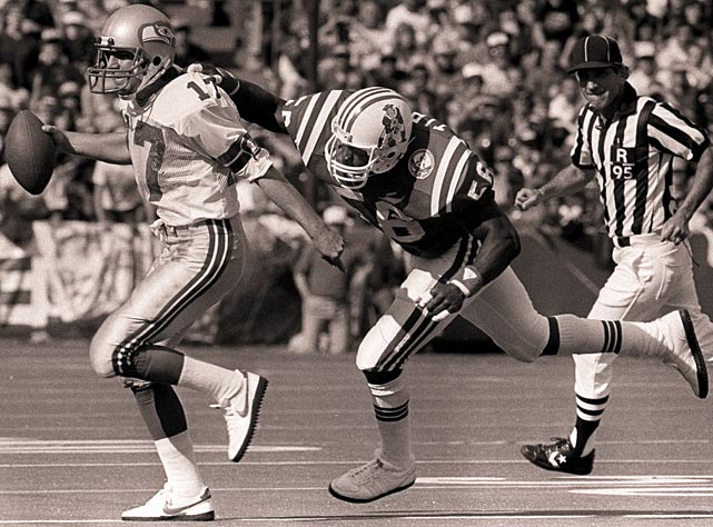Opposing quarterbacks shuddered at the sight of Tippett coming off the edge in a passing situation. He still owns the three highest season sack totals in Patriots history and had a two-year mark of 35 sacks in 1984 and 1985 that remains the most of any linebacker in NFL history.