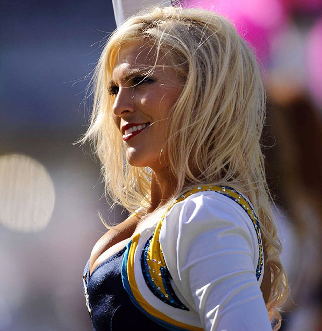 San Diego Chargers Cheerleaders Photos: NFL Cheerleaders: Week 4
