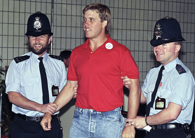 Elway didn't even make it to the football stadium before two London police officers pretended to arrest him.