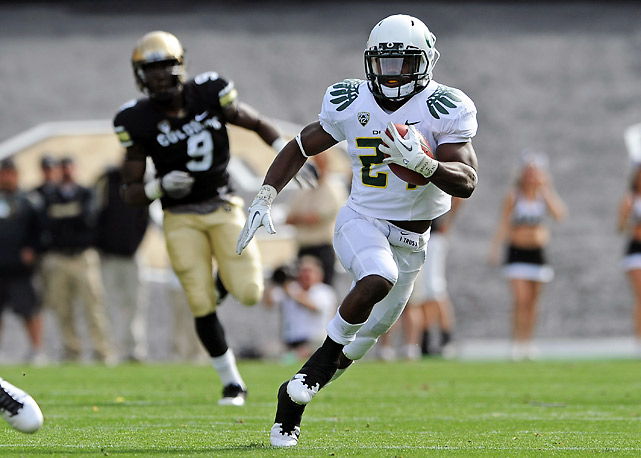 No starters? No problem. Oregon rolled again despite playing without star running back LaMichael James and quarterback Darron Thomas. Kenjon Barner (pictured) delivered a huge game in James' absence, rushing for 115 yards and two touchdowns on just 10 carries.