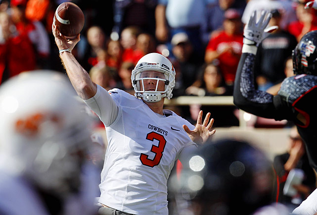 Last week:  31-of-37 passing for 423 yards and five TDs in 66-6 win over Texas Tech.   Season (10 games):  313-of-428 passing for 3,635 yards, 31 TDs and nine INTs.  He was nearly perfect, completing 83.8 percent of his passes and had a season-high 224.4 QB rating as Weeden led the Cowboys to the most points ever allowed by Texas Tech. Maybe most impressive was what he did while throwing into winds gusts of up to 40 mph, completing 17-of-21 passes for 273 yards and three TDs. In the last two weeks, Weeden has been red hot, throwing for a staggering 925 yards and nine touchdowns. If Oklahoma runs the table, it's hard to imagine Weeden not getting an invite to New York. It should add further intrigue to a date with No. 5 Oklahoma, though the Cowboys do have to get through four-loss Iowa State first.   Next up:  Friday at Iowa State