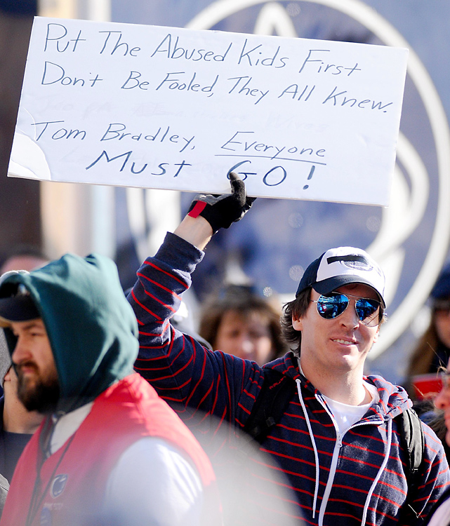 Some fans were not shy about showing their dissatisfaction with the Penn State coaching staff.
