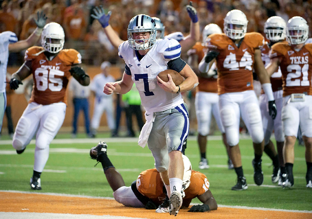 Collin Klein ran for a touchdown and passed for another and the Wildcats overcame a suffocating Longhorns defense. Klein was sacked five times and K-State managed just 121 total yards but still pulled out the win behind Klein's 16-yard touchdown pass to Chris Harper with 9 seconds left in the first half and his 3-yard scoring run in the third quarter.