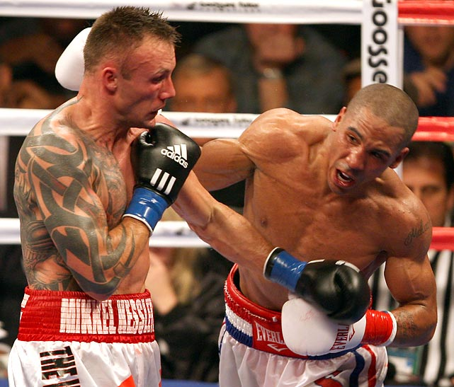 Ward wins WBA title.  In the opening round of Showtime's Super Six tournament, 2004 Olympic gold medalist Ward, 20-0, making a mammoth jump in class, scores an upset, chopping up longtime titlist and tournament co-favorite Kessler, 42-1. The ringside doctor halts the bout because of a butt-induced cut over Kessler's right eye.